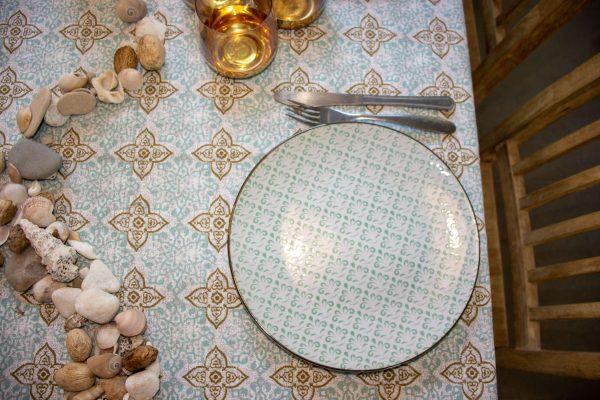 מפת שולחן - תלם אביבי